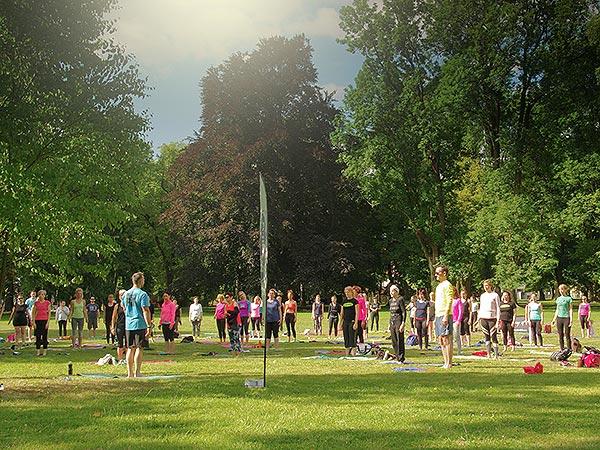 Brezplačna vadba v parku pred začetkom