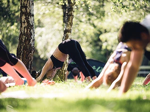 Brezplačna vadba v parku črka A